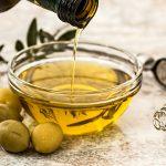 Oliwa z oliwek <br> ma działanie przeciwmiażdżycowe
