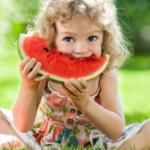 Warzywa i owoce<br> w żywieniu dzieci<br> i młodzieży