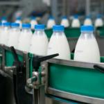 Unijne mleko tanieje