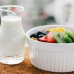 Mleko i owoce<br> w szkole