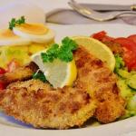 Dieta Polaków<br> a zalecenia – za tłusto,<br> za słono, za słodko